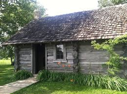 the little house wayside in pepin wis