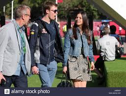Montmelo, Spanien. 13. Mai 2017. Daniil Kvyat con Su Pareja Kelly Piquet,  Hija de Nelson Piquet im dritten Training für die spanischen Formel Eins  Grand Prix auf der Rennstrecke von Barcelona-Catalunya in