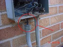 ac condenser disconnect ac disconnect grounding checkthishouse Electrical Disconnect Switch Boxes liquidtight conduit separated at connector, missing ground wire at the ac condenser disconnect box