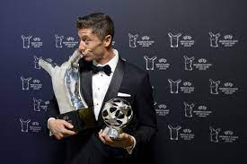 Robert Lewandowski and Lionel Messi ...