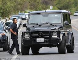 16:46 instagram, kim kardashian, kylie jenner, mercedes. Kim Kardashian West On Twitter There S This Pic Online Of Me Talking To Cops Telling Them I M Being Followed By A Crazy Driver But Http T Co Z5xlbyacmt
