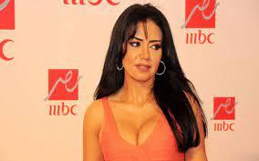 رانيا يوسف :الصورة الفاضحة اخذت بالخطأ عندما كانت البطانة مرفوعة - جريدة  المال