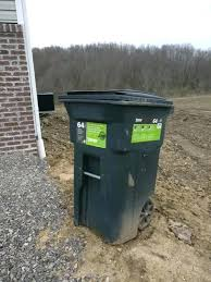 toter 96 gallon. Toter Trash Cans Attractive Can Affordinsurrates Inside Plan Intended For 11 96 Gallon