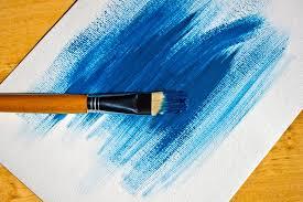 pincel con pintura. pincel con pintura azul t