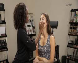 video glamorous bronzy makeup application demonstrated by ofra s own taryll atkins