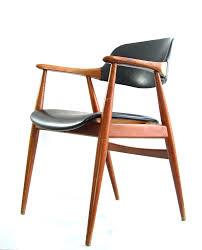 vintage chair. Vintage Chair R