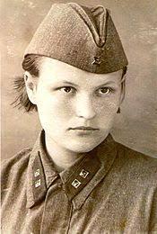 Медицинская сестра Википедия Военфельдшер в других войсках службах соответствовало званию лейтенант И В Бирюлина старшая медицинская сестра большого специализированного