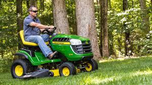 John Deere Lawn Tractor Comparison Chart Lawn Tractors 100 Series John Deere Us