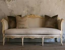 Luxury Daybeds: A World of Choice