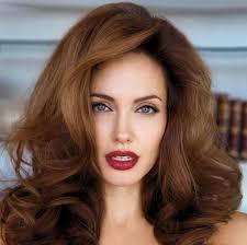 4 tips to have lips like angelina jolie