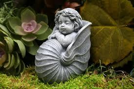 garden sculpture. 🔎zoom Garden Sculpture Q