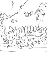 Disegno Di Gatto Gioca Con Farfalla Nel Cortile Da Colorare