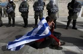 Risultati immagini per crisi sociale in Grecia