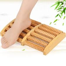 wr2 eco friendly wooden foot roller massager