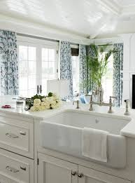 shaw farmhouse sink. Rohl Shaw Farmhouse Sink In A Great Kitchen For Beach House ~ Tiffany Eastman