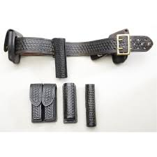 Handcuff And Magazine Holder Lot Of Misc Police Basketweave Leather Including Duty Belt 90