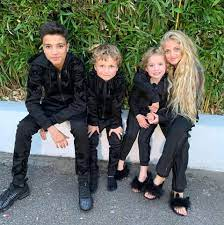 Her firstborn son goes by the name harvey price and was born on may 2002. Katie Price Shares Favourite Picture Of Kids After Ex Reveals Cocaine Fuelled Romp But Fans Ask Where Is Harvey