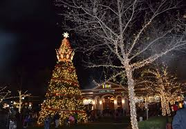 Christmas Light Displays Near Festus Mo Check Out The 11 Best Christmas Lights Displays In Missouri