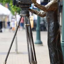 Ready for its close-up: Movie-themed sculpture gets official unveiling next  Sunday in Cedar Falls   Lifestyles   wcfcourier.com