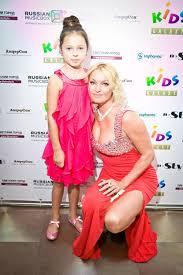 Анастасия Волочкова биография фото личная жизнь творчество Анастасия Волочкова с дочерью