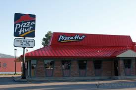 pizza hut building. Contemporary Hut The Pizza Hut Store In Raton Sits On Rented Property To Building 9