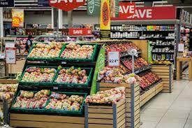 Poze : clădire, reclamă, alimente, legume şi fructe, piaţă, piata de desfacere, Afaceri, cumpărături, băcănie, stand, rafturi, supermarket, centru comercial, a cumpara, magazin alimentar, comerţ, branding, consumerismul, delicatese, produse, marketing ...