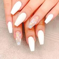 services lyly nails bays
