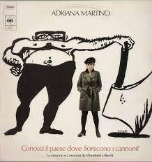Adriana Martino Conosci Il Paese Dove Fioriscono I Cannoni