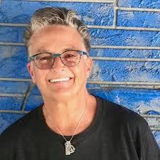 Obituary: Pioneering Miami, Boston DJ Wendy Hunt dies at 64 | Miami Herald