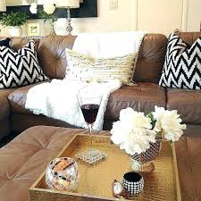 brown leather sofa decor what color pillows for brown couch blue pillows on brown couch decorative