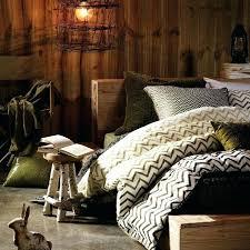 Earthy Bedroom Best Decoration