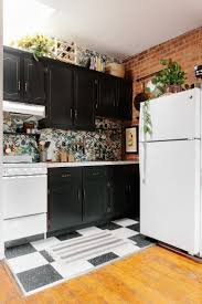 Painting Over Kitchen Cabinets How To Update Kitchen Cabinets In A Rental Design Porter