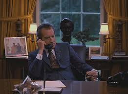 nixon oval office. Richard Nixon Oval Office | President At His Desk In The