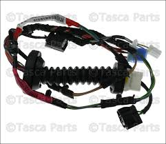 new oem mopar rh or lh rear door wiring harness dodge ram  new oem mopar rh or lh rear door wiring harness dodge ram 1500 2500 56051931ab