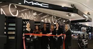 mac debuts at montréal airport at the loop