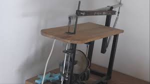 making a homemade scroll saw build