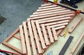 creating the chevron design in the diy wooden doormat