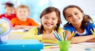 Bé học tiếng Anh theo chủ đề quen thuộc: Từ vựng trường học