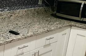 Backsplash For Santa Cecilia Granite Countertop Awesome Light St Granite Kitchen Cecilia Santa Countertop Horiaco