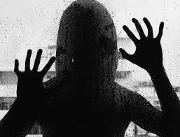 Resultado de imagem para estupro coletivo gifis