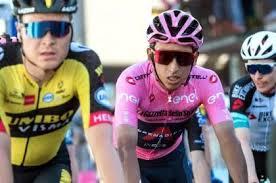Egan bernal, líder del giro de italia, ha analizado la 11ª etapa y ha hablado sobre lo que resta de carrera. Nufwgm5qaltihm