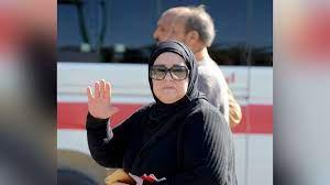 وفاة الفنانة دلال عبد العزيز.. لم يطل بها الفراق عن حبيب العمر - CNN Arabic