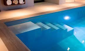 Oft hören wir von unseren kunden, dass ein eigener swimmingpool mit hohen anschaffungskosten. Hallenbad Gelungene Frischzellenkur Pool Magazin