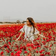 I went to the flower fields and I think I left a little bit of my soul  there. A bit dramatic but still true #agacigirl ht… in 2020 | Flower field,  Fashion