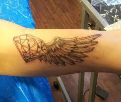 Tetování Na Krk Diamant