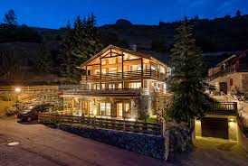 Chalet Lucine Luxury Retreats .
