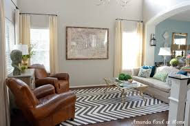 ... Interesting Accessories For Home Interior Decoration With Grey Chevron  Rug : Contemporary Image Of Living Room ...