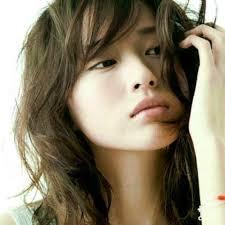 戸田恵梨香風透明感メイクの方法は凛とした可愛い美人のポイントは眉毛