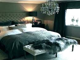 Hollywood Swank Bedroom Set Show Off Your Bedroom Style With The ...