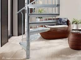 Wenn man seine treppe aber nicht selbst einbauen möchte, stellt sich die frage, was der einbau durch den fachmann kostet. So Montieren Sie Die Aussentreppe Intercon K2 Treppenblog